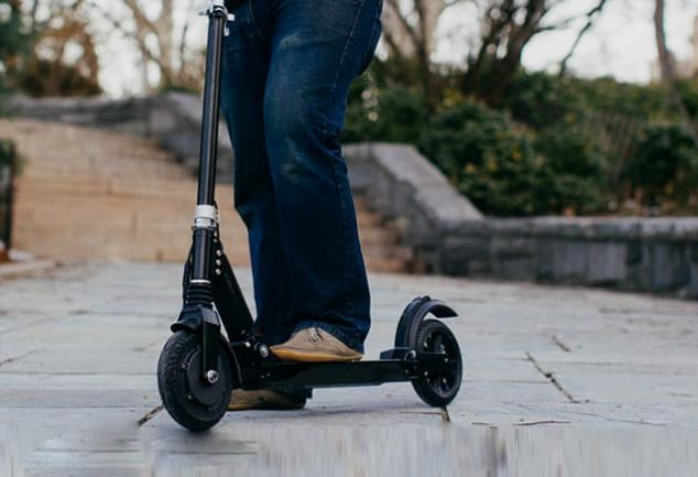 how fast can a kick scooter go